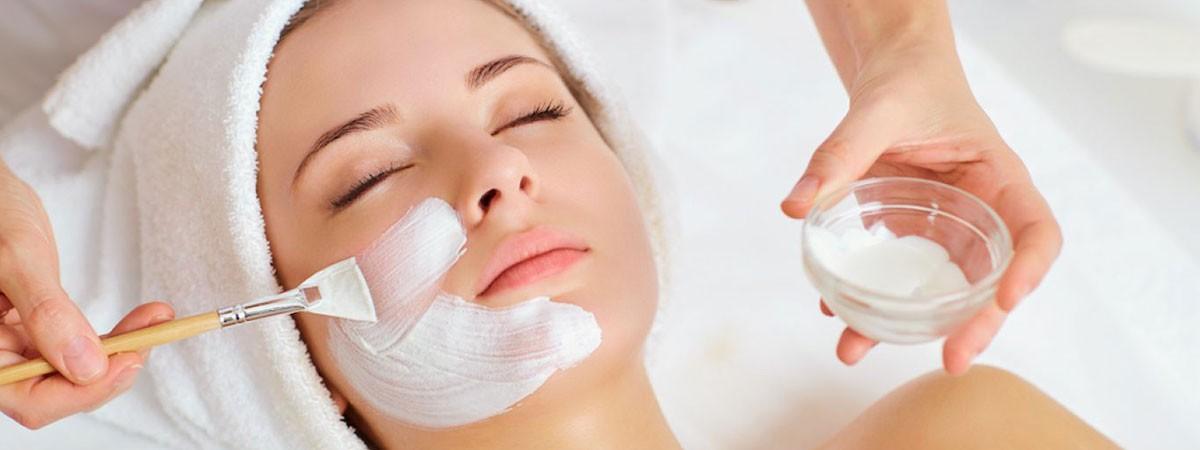 woman undergoing facial beauty process
